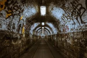 tunnel-237656_1280
