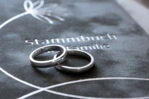 wedding-rings-250691_1280